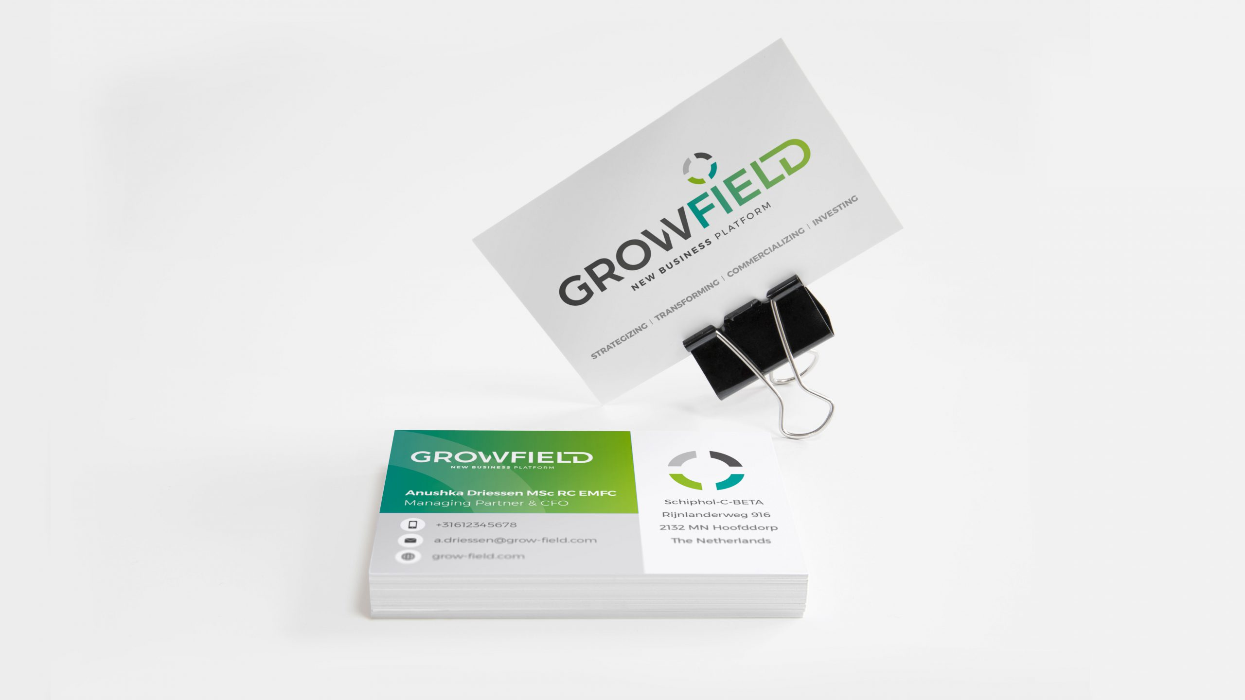 growfield anushka visitekaartje